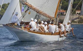 Jachty niezwykłe: Tchnie, kędy chce...