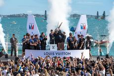 Louis Vuitton Cup dla Emirates Team New Zealand!