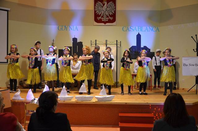 Szkoła Podstawowa nr 1 w Ustce świętuje setne urodziny Leonida Teligi